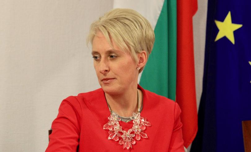 Ема Хопкинс: От 2021 г. ще имаме нова емиграционна система