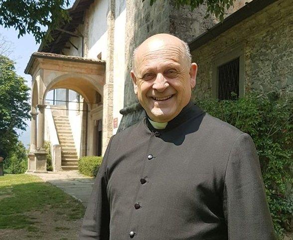 Италиански свещеник почина, след като отстъпи респиратора си на по-млад пациент