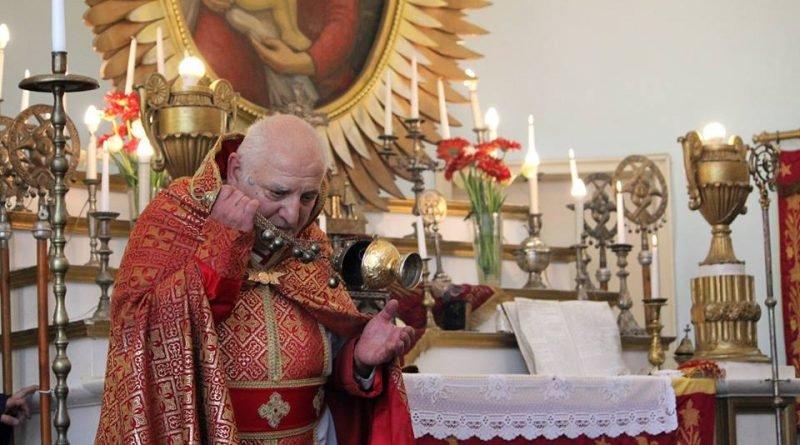 арменската църква предава богослуженията цветница онлайн