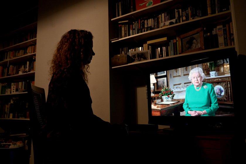 кралица елизабет специално обръщение британците сме единни преодолеем болестта
