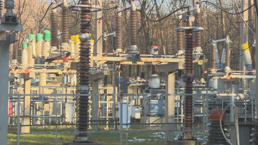 С 30 дни се удължава срокът за плащане на сметките за ток (Обобщение)