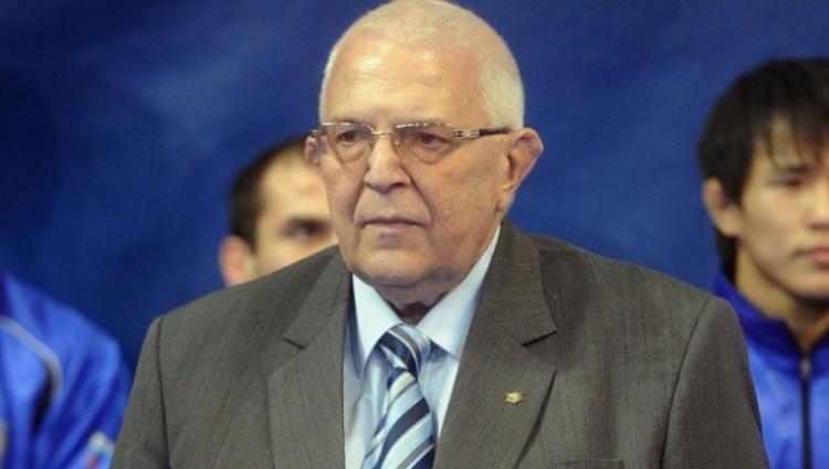 Почина президентът на Европейската федерация по борба Цено Ценов ...
