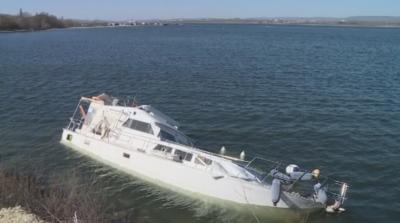 Спасиха британка, след като лодката и потъна във Варненското езеро