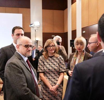Северна Македония и Албания да започнат преговори за ЕС през март, призоваха външните министри в Солун