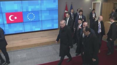Турция няма да спира мигранти, очаква ново споразумение с ЕС