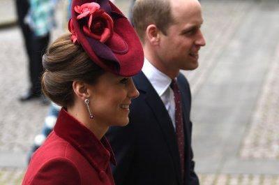 Експерти: Принц Уилям може да застане временно начело на кралството