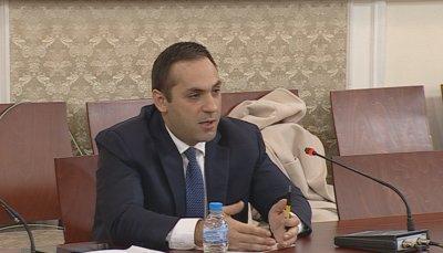 Министър Караниколов: Няма спекула с храните, но има при медицинските консумативи