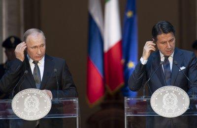 Русия изпраща специалисти и оборудване в Италия