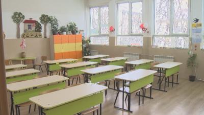 Директори: Да отпадне външното оценяване в 4 и 10 клас тази година