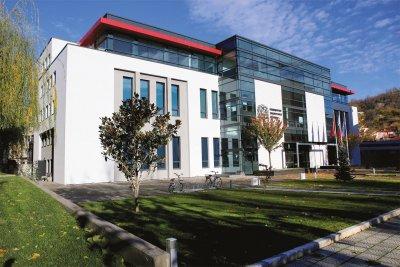 Дарения в натура приемат в Медицинския университет в Пловдив