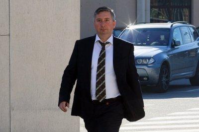 Иво Прокопиев е със запорирани сметки и имущество