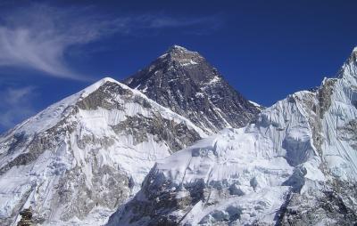 COVID-19 поставя под въпрос сезона на Еверест