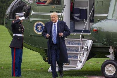 Тръмп се отказа да постави под карантина щатите Ню...