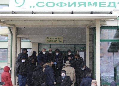 Тестваха за коронавирус всички депутати (СНИМКИ)