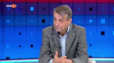 Проф. Костов: Продължаваме борбата с коронавируса като експерти