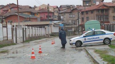 """Въведоха пропускателен режим в квартал """"Луковица"""" в Пещера"""