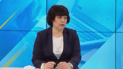 Таня Михайлова: Учениците ще завършат учебната година