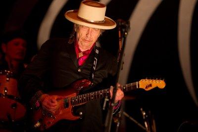 Боб Дилън за първи път е номер едно в САЩ
