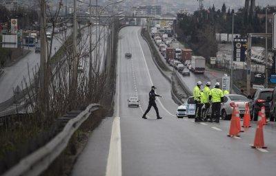 Турските власти освобождават от карантината българските шофьори на тирове