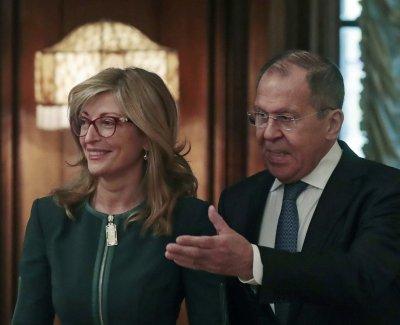 В телефонен разговор: Захариева и Лавров изразиха задоволство от двустранните връзки