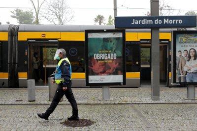 Португалия започва да излиза от извънредното положение
