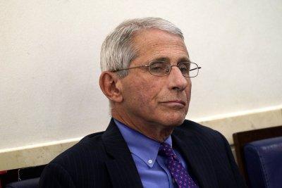 Главният вирусолог на САЩ се самоизолира за 14 дни