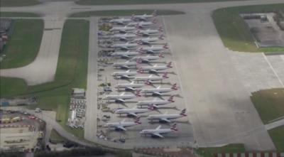 Великобритания обмисля да поставя под карантина всички пристигнали по въздух