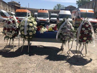 Спешните медици в София се простиха с д-р Нели Пандова