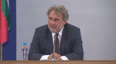 Боил Банов коментира казуса с Червената къща, твърди, че с Рашидов работят добре