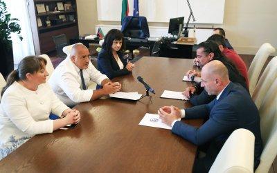 Подготвят законопроекта за намаляване на ДДС на заведенията
