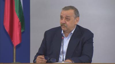 Проф Кантарджиев: Мерките дават ефект, необходими са още усилия