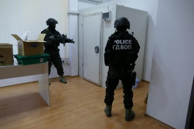ГДБОП провежда спецоперация за компютърни престъпления и пране на пари в Разград