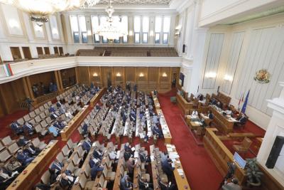 Създадоха временна COVID-комисия с председател Йордан Цонев