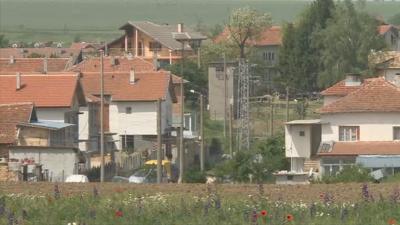 Разградското село Ясеновец под блокада