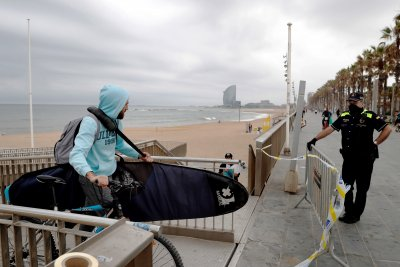 Отварят плажовете на Барселона за всички граждани от утре