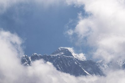 Измерват отново Еверест