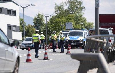 Централна Европа обмисля мини-Шенген, отварят граници в условия на COVID-19
