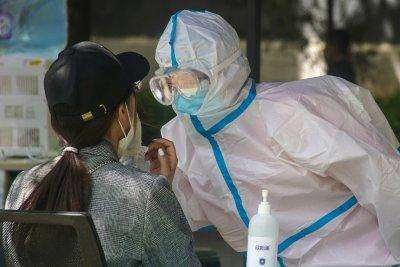 Броят на заразените с COVID-19 по света гони 5 000 000 души