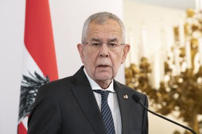 Австрийският президент наруши наложените ограничения