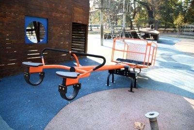 Събират средства за люлка за деца с увреждания в Русе