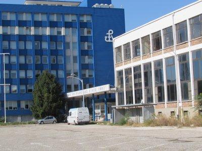 110 работници чакат заплатите си от фалиралата корабостроителница в Русе
