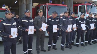 """Кои са мъжете, участвали в спасяването на """"Вера Су""""?"""