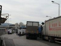 """снимка 1 4 км колона от камиони се образува на """"Кулата"""""""