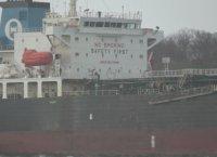 Танкер от Венеция пристигна край Бургас, няма моряци със симптоми на КОВИД-19
