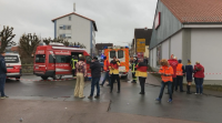 Задържаха нападателя, врязъл се с кола в карнавално шествие в Германия