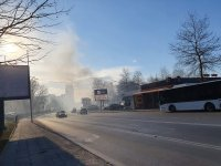 снимка 7 Сухи треви горят в района на Гребната база в Пловдив