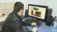 Мъж от Варна дарява компютри на деца за дистанционно обучение
