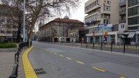 Пловдив опустя в неделния ден (ГАЛЕРИЯ)