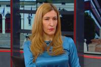 Министър Ангелкова: Обмисляме ваучери за 24 месеца заради отлагането на почивки
