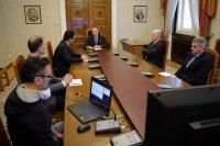 Президентът Радев обсъди мерки срещу коронавируса с представители на IT сектора